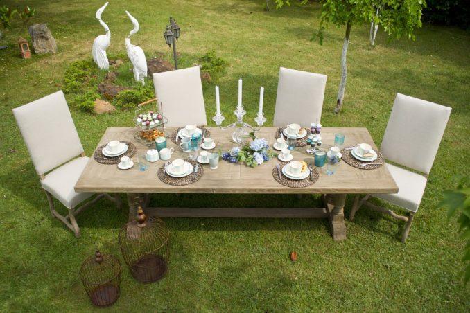 Gartenmöbel mit Esstisch