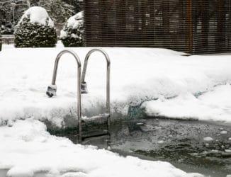 Pool winterfest machen