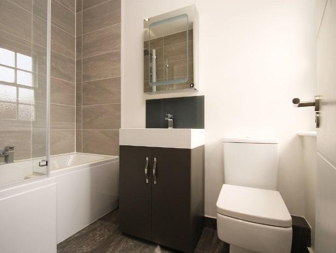 Toiletten - Modern eingerichtet